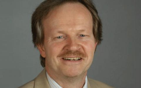 Dr. Hartmut Kollikowski (German Board Certified)
