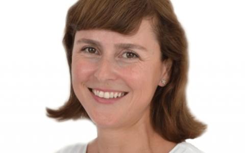 Selma Yanik (German Board Certified)